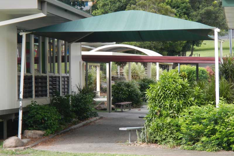 shelter resting areas at school with shade sails